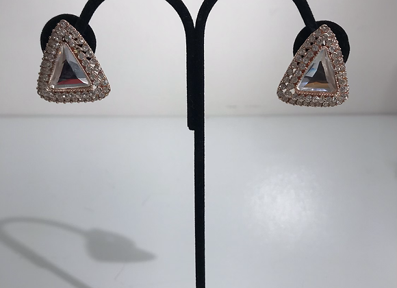 Goldtone triangle clips