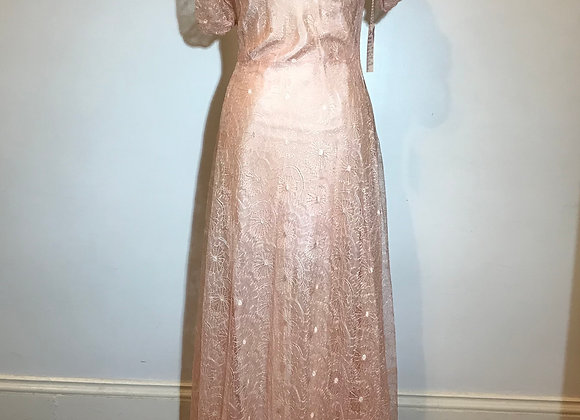 1940-50s  Pink lace gown