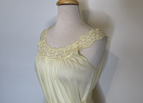 1950s style yellow negligee