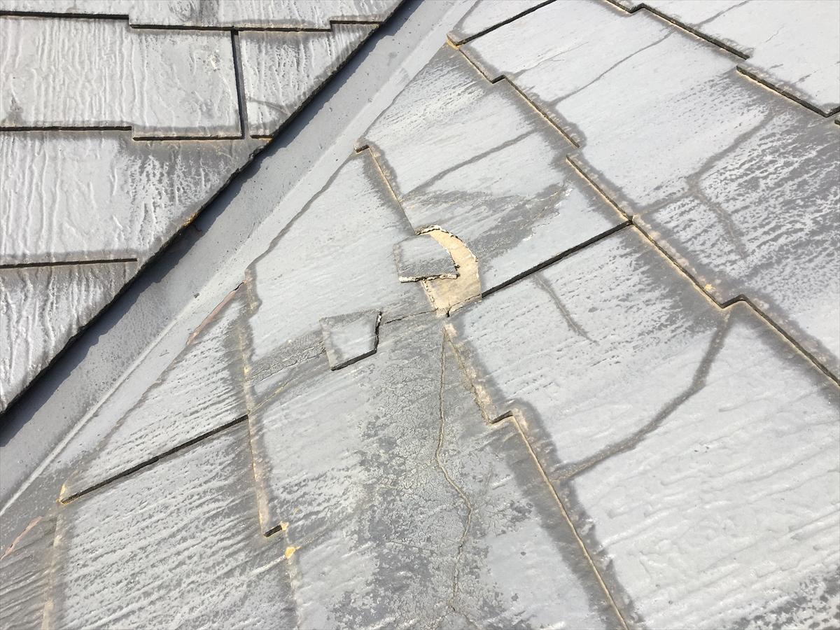 欠損のあるスレート屋根
