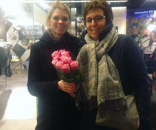 Bloemen voor Yvonne en Marlies