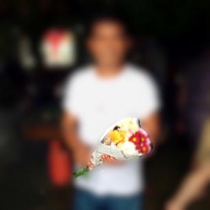 Bloemen voor de Iwahig gevangenen