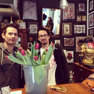 Bloemen voor Itja en Akko