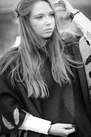 Valerie Hammacher, photographer, jugend Portrait People schwarz weiß Foto