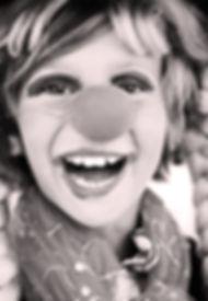 Valerie Hammacher, photographer, Kinder Portrait People schwarz weiß Foto Child Kind clown