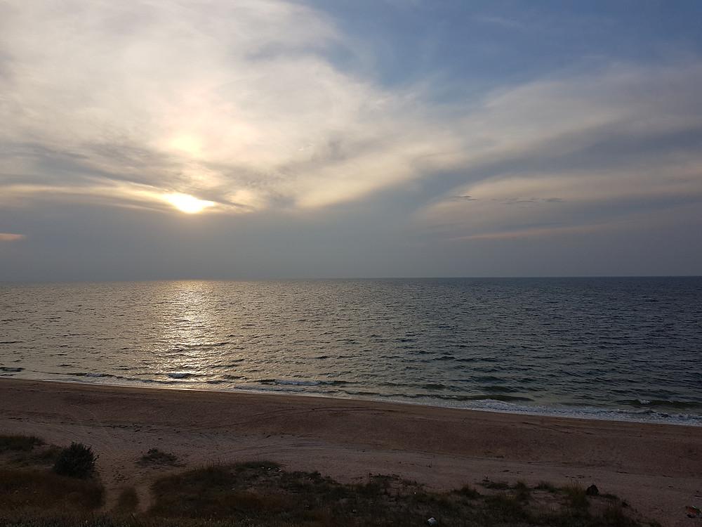 море и пляж Крым