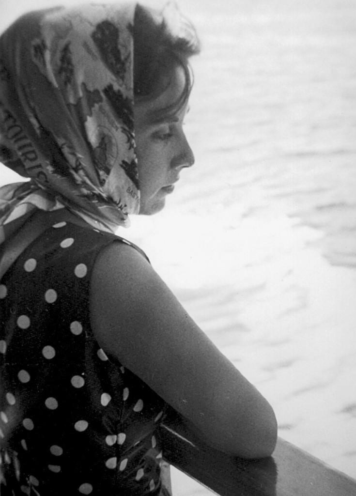 2-Maureen-1961-Bay-of-Naples-735x1024.jp
