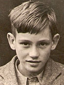 Malcolm-c1944-Edmonton-London.jpg