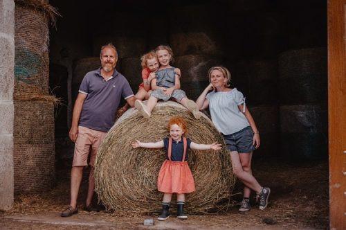 présentation de la famille de Maud, propriétaire de l'exploitation agricole Domaine de Bellecour