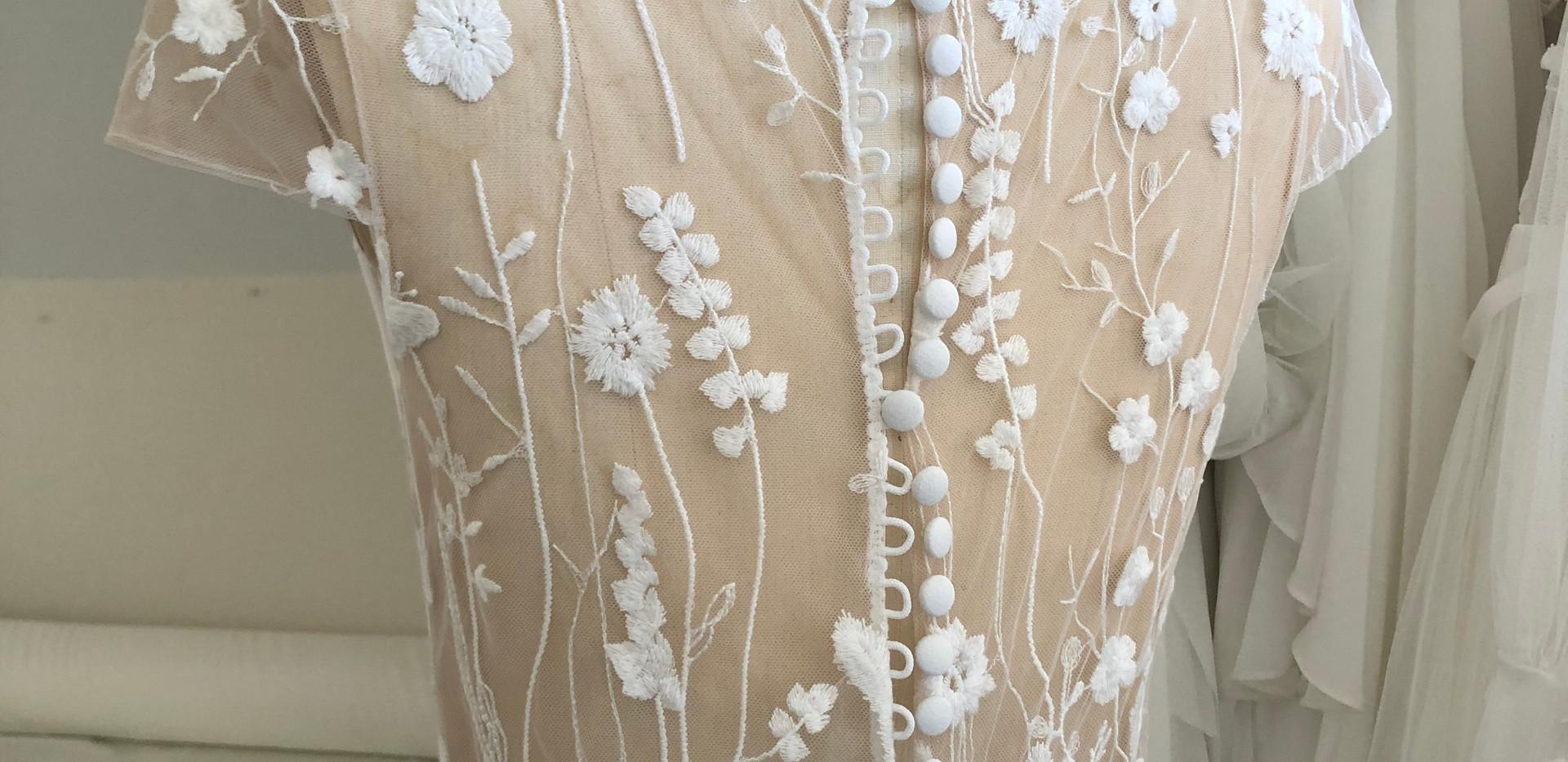 Dayflower off-white