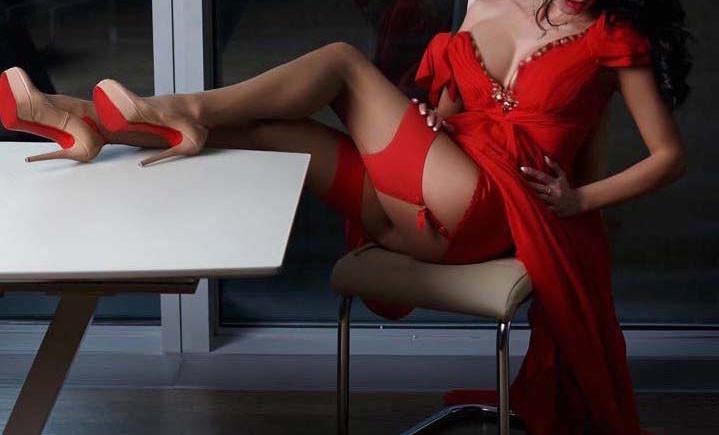 Call girl VIP Services Paris