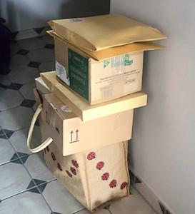 Erste Pakete für Ebay gepackt
