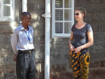Kaffee trinken mit Elli und unsere Erinnerungen an den Toi-Market in Nairobi
