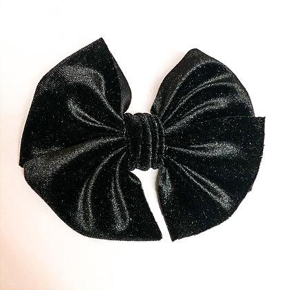 Black Velvet Fabric Bow On Soft Nylon