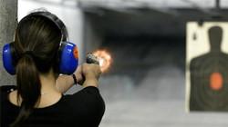 b2ap3_large_woman-at-gun-range