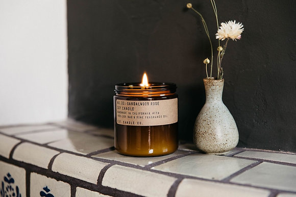 Bougie SANDALWOOD ROSE - P.F Candle CO.