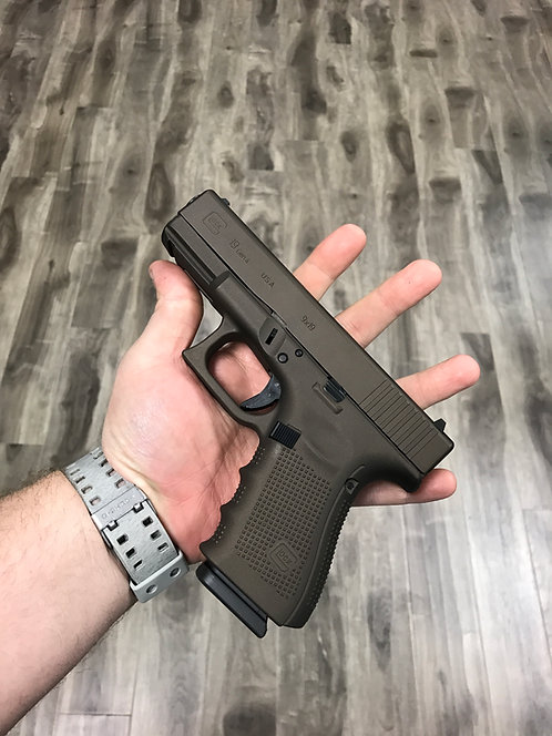 Solid Color Pistol