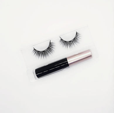 Diva Magnetic Lashes and Eyeliner