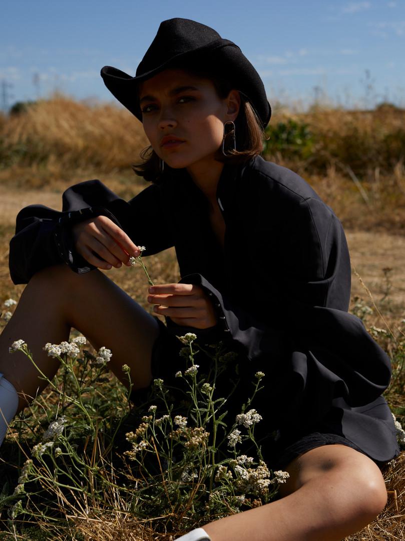 Modern Cowgirl, Contributor Magazine