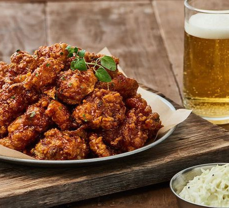 Korean Fried Chicken Restaurant Opens First U.S. Location