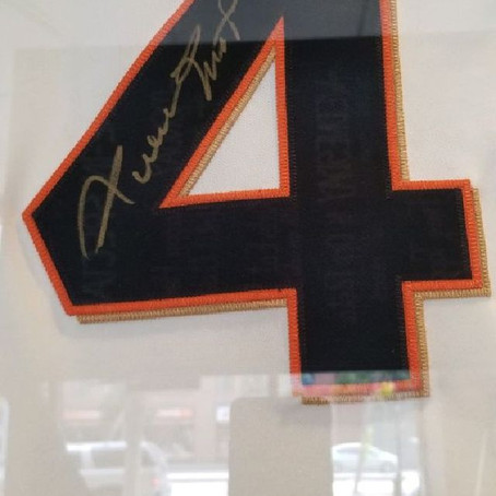 Rare Autographed San Francisco Giants Jersey is Up for Auction