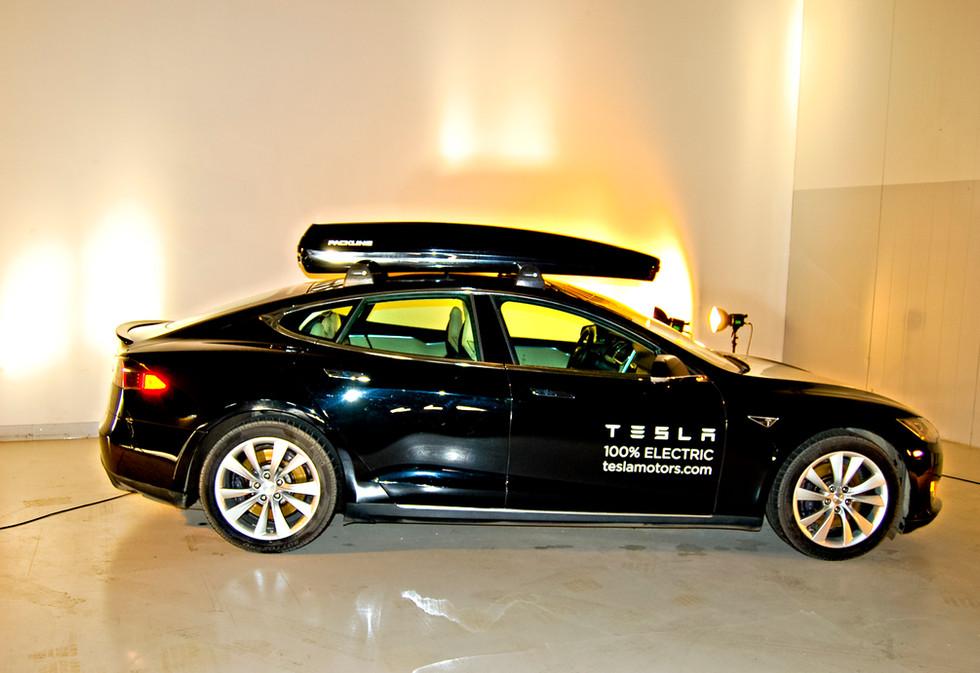 Tesla Model S med Packline 4.jpg