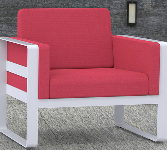 Fero lounge chair in red