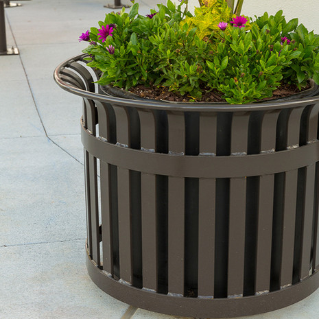Avenue One Planter