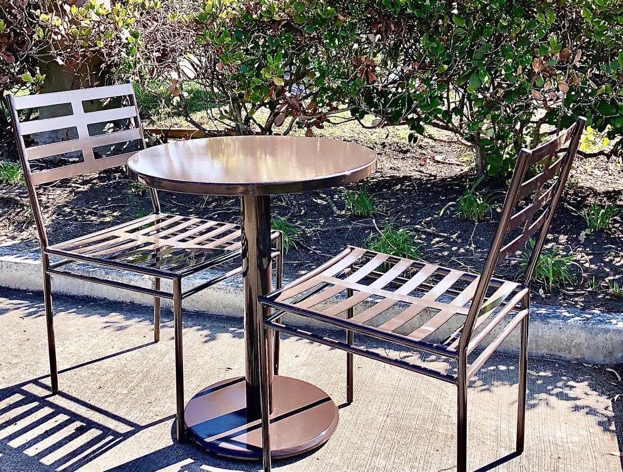 Monaco 24in Cafe Table.JPG