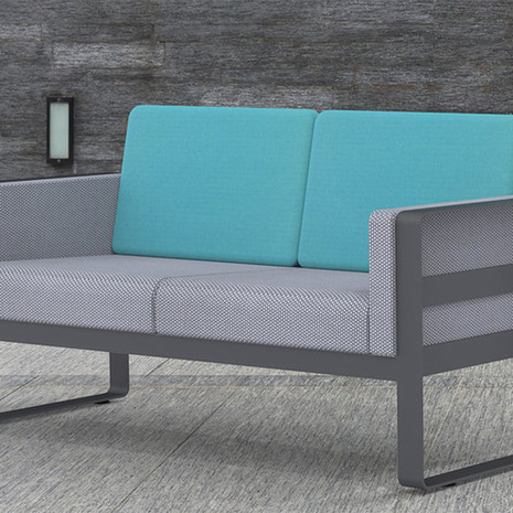 Fero Loveseat