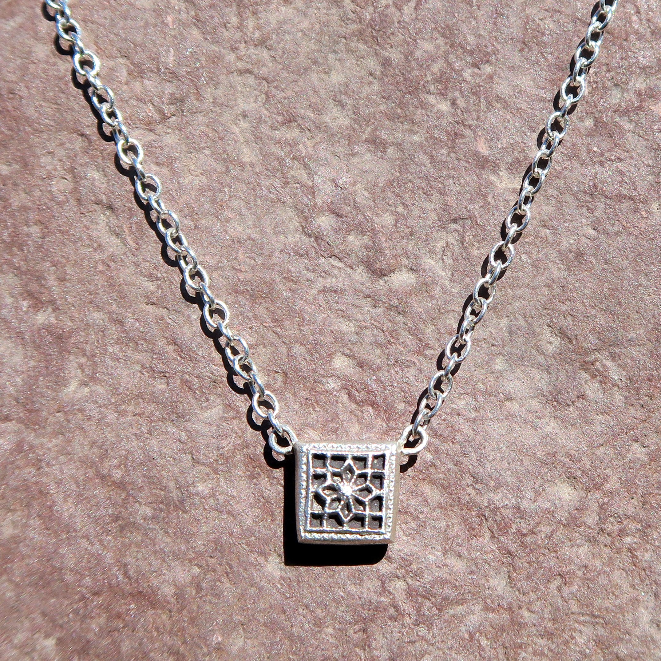 Victiorian Solitaire Necklace
