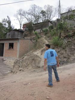 DENIS BARAHONA in Los Pinos