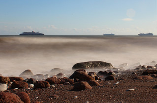 Cruise ships from Ness Beach