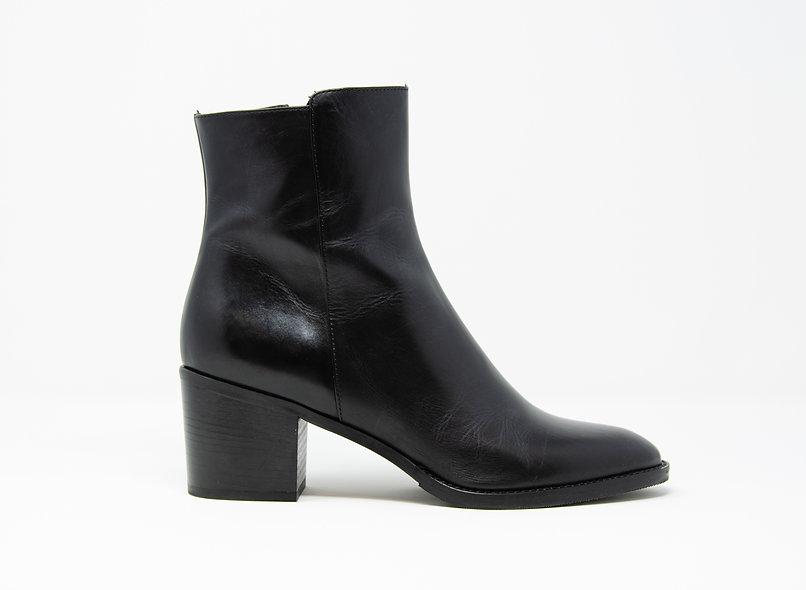 The Emilia- Black Calf Leather
