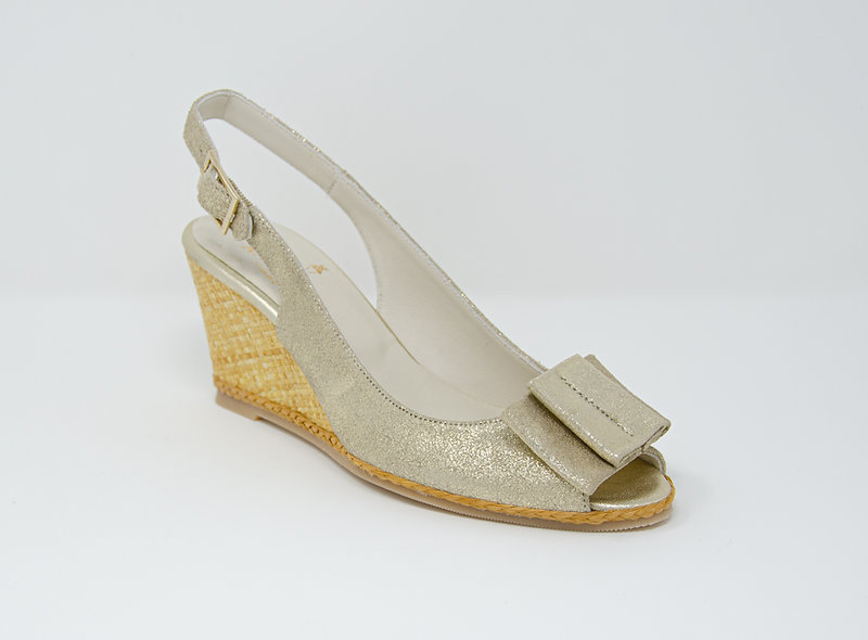 The Gianna- Light Gold