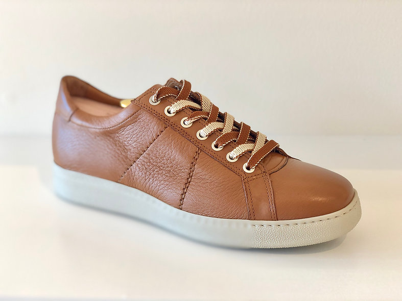 The Sportivo- Light Brown Leather