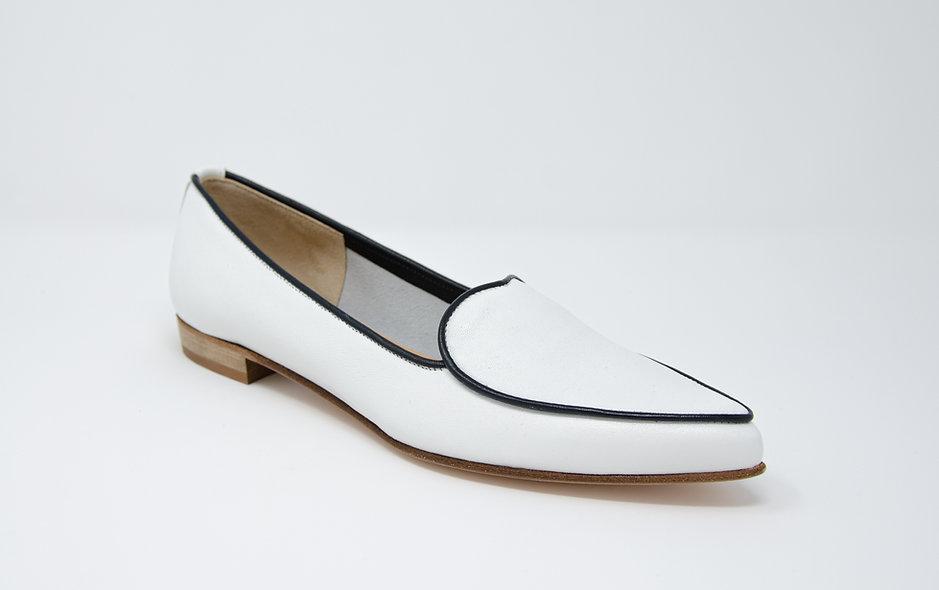The Amorosa- White/ Navy