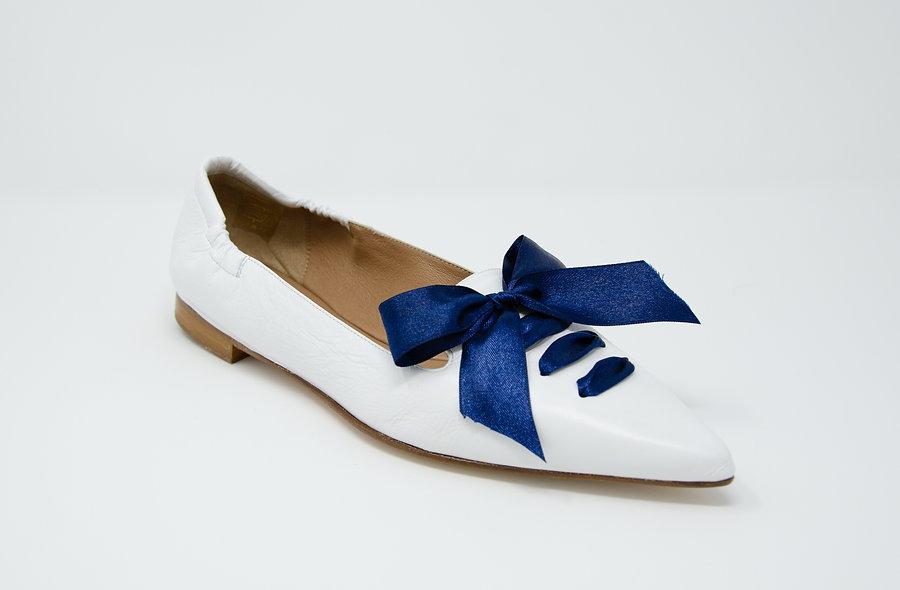 The Carina- White/ Navy