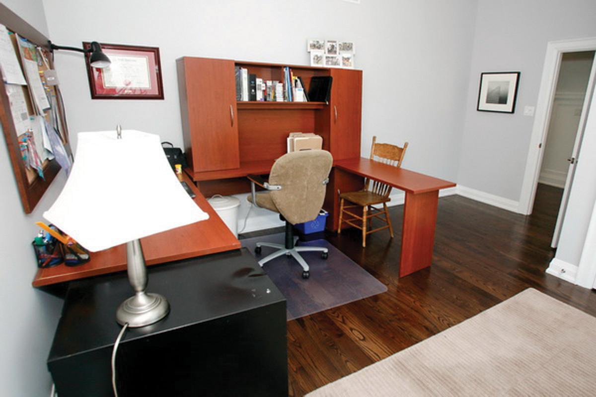 Bedroom1-619933.jpg