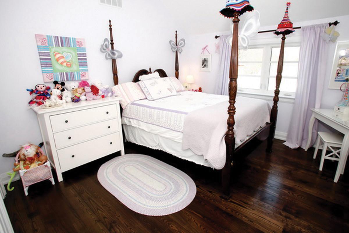 Bedroom2-619934.jpg