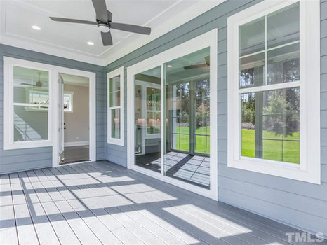The Woodland - Rear Porch