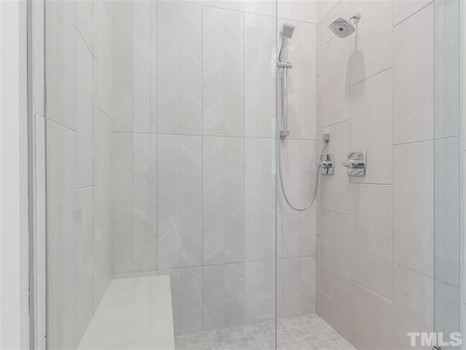 The Woodland - Owners Suite Shower