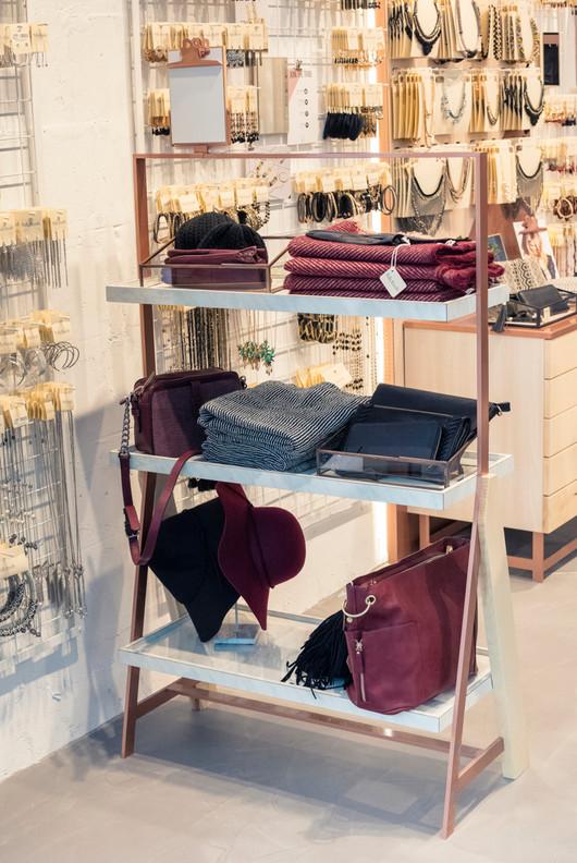 January architecte d'intérieur Bordeaux magasin Balaboosté Paris