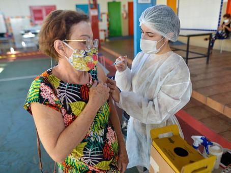 Veja quem pode se vacinar em Goiânia nesta quarta