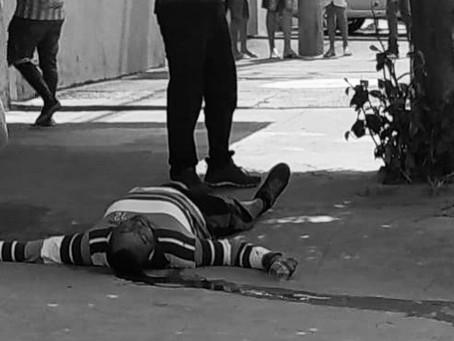 EM VALPARAÍSO, HOMEM É EXECUTADO COM TIRO NA NUCA ENQUANTO CAMINHAVA NA CALÇADA .