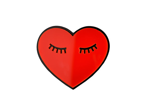 Брошь Спящее сердце