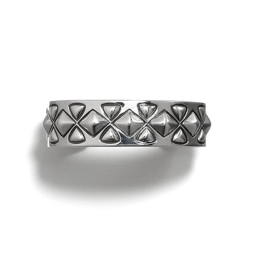 Hour Glass Diamonds w /Plain Edge