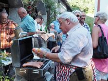 Horst Schaller am Grill