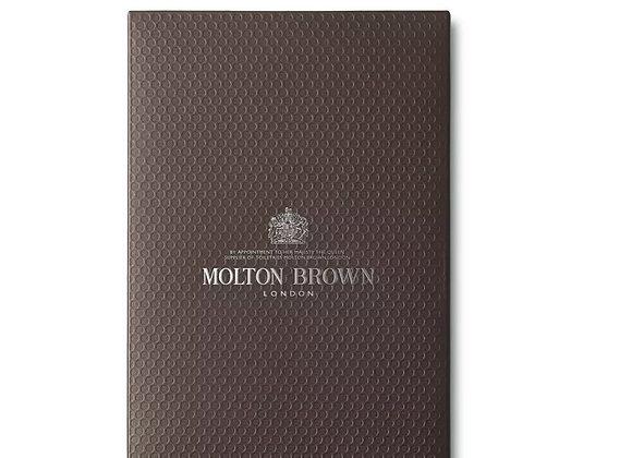 MOLTON Re-charge Black Pepper & Vetiver Grapefruit Bath & Shower Gel Gifts Set
