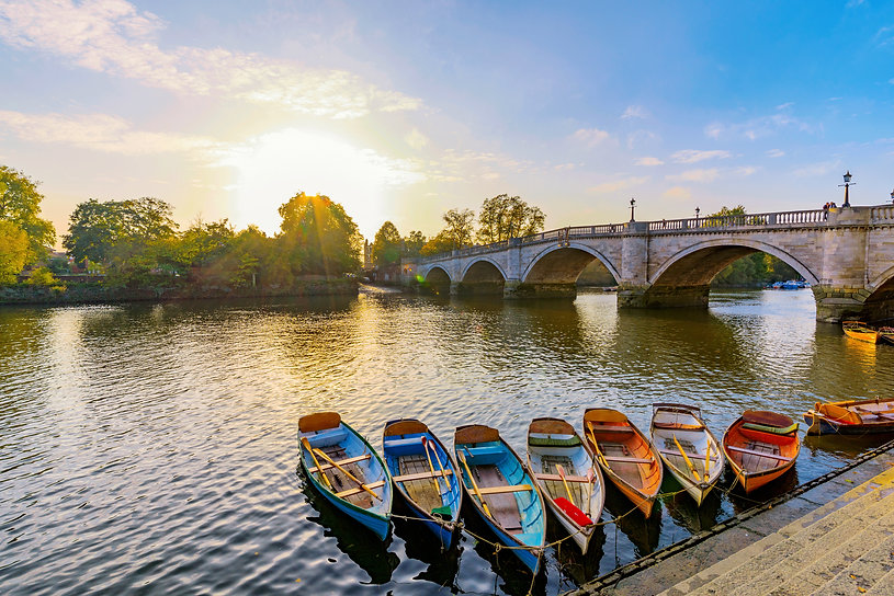 Richmond Thames riverfront with boats in